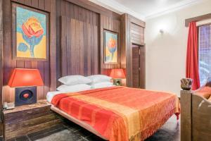 Riverside pool villa in Alto de Porvorim, Goa, by GuestHouser 65646, Vily  Macasana - big - 6