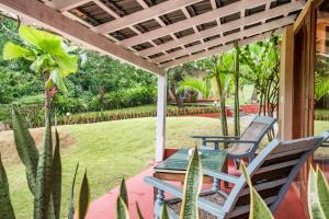 Riverside pool villa in Alto de Porvorim, Goa, by GuestHouser 65646, Vily  Macasana - big - 8