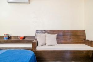 Riverside pool villa in Alto de Porvorim, Goa, by GuestHouser 65646, Vily  Macasana - big - 15
