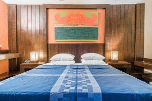 Riverside pool villa in Alto de Porvorim, Goa, by GuestHouser 65646, Vily  Macasana - big - 25