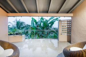 Riverside pool villa in Alto de Porvorim, Goa, by GuestHouser 65646, Vily  Macasana - big - 34