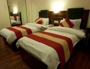 Hotel Aura, Отели  Нью-Дели - big - 42