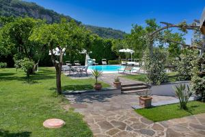 Villa Limoneto A - AbcAlberghi.com
