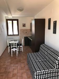 Appartamenti Lucia, Assisi, Italy   J2Ski