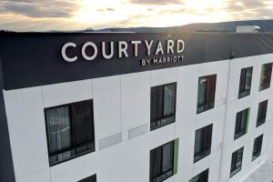 Courtyard by Marriott Southington - Hotel