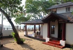 Kattoor Beach House