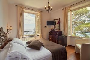 Hotel Punta Est - AbcAlberghi.com