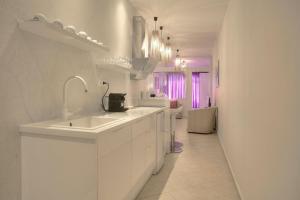 Downtown Glyfada smart apartment