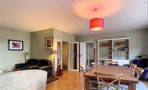Bright Sunny Residence - Brussels Schaerbeek