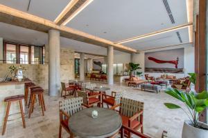 Penh House & Jungle Addition (34 of 121)