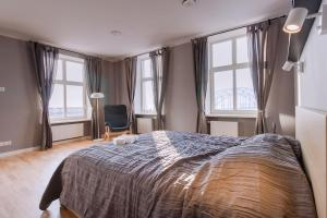 Luxury Waterfront Apartment with a River View - Rīga