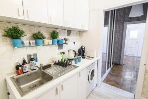 Old Town Charm Apartment