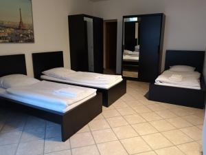 Pension zur Post, Apartments  Eutin - big - 37
