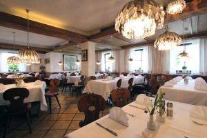 Hotel Gasthof Rössle, Hotels  Senden - big - 40