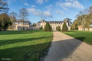 Exceptionnel Château près de Paris