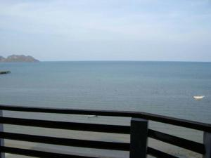 Hadthong Hotel, Hotels  Prachuap Khiri Khan - big - 6