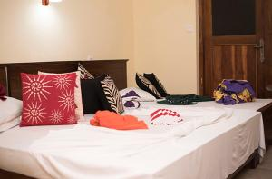 Royal Hotel - Ranala