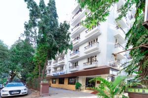 West End Hotel Opp Bombay Hospital