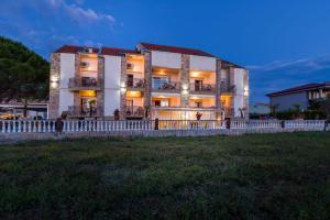 Apartments Bozana, 23232 Zaton