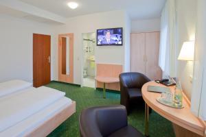 Hotel Gasthof Zum Rössle, Szállodák  Heilbronn - big - 9