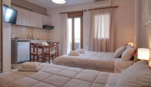 Tsironis Guesthouse