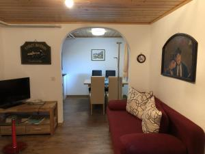 Spacious Apartment in St Niklaus near Mattertal Ski Area, Apartmanok  Sankt Niklaus - big - 20