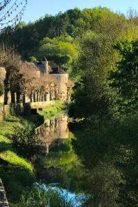 Location gîte, chambres d'hotes Coté-Serein La Privilège de la Tour Madame dans le département Yonne 89