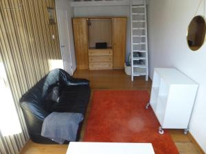 Cozy apartment near Bohemians and Old Town 4p