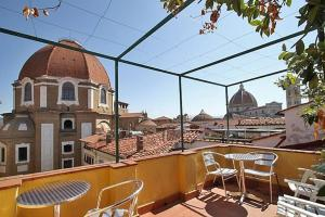 Aldobrandini Apartment With Terrace - AbcAlberghi.com