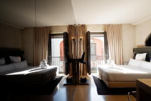 Book From Nz 170 Eme Catedral Hotel In Seville Spain