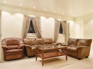 obrázek - Three-Bedroom Apartment in Lyngdal