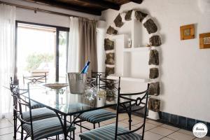 Villas Kamezi, Vily  Playa Blanca - big - 70