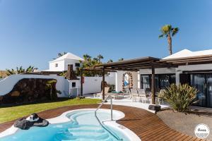 Villas Kamezi, Vily  Playa Blanca - big - 76