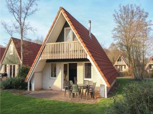 Three-Bedroom Holiday Home in Gramsbergen - Echteler