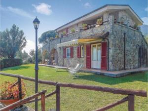 Four-Bedroom Holiday Home in Scario - Caselle in Pittari