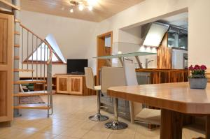 Apartments Povh