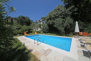 Villa Melograno, fantastic private family villa with pool and garden, Villák - Gardone Riviera
