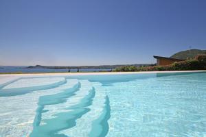 Villa Albachiara, Private Luxury villa with private pool and lake view, Villák  Gardone Riviera - big - 26