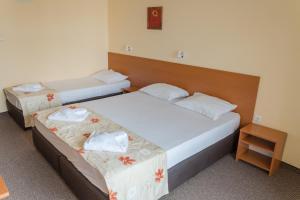Hotel Eva, Szállodák  Ravda - big - 17