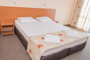 Hotel Eva, Szállodák  Ravda - big - 4