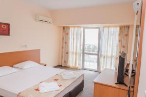Hotel Eva, Szállodák  Ravda - big - 5