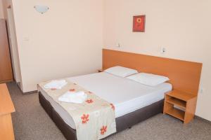 Hotel Eva, Szállodák  Ravda - big - 36