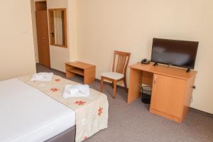 Hotel Eva, Szállodák  Ravda - big - 8