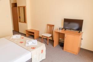 Hotel Eva, Szállodák  Ravda - big - 11
