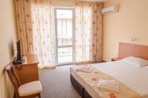 Hotel Eva, Szállodák  Ravda - big - 13