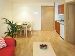 Aparthotel Nou Vielha, Apartmánové hotely  Vielha - big - 5