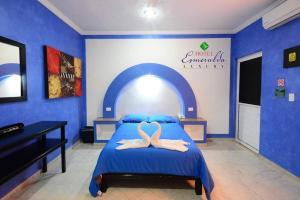 hotel esmeralda luxury