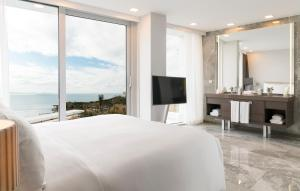 LUX* Bodrum Resort & Residences, Resorts  Bogazici - big - 52
