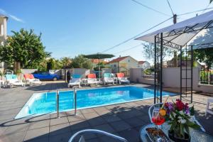 Apartment Fortuna with pool A4 2 pax Zadar Diklo