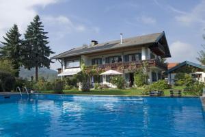 Ferienwohnungen Bosch - Grassau
